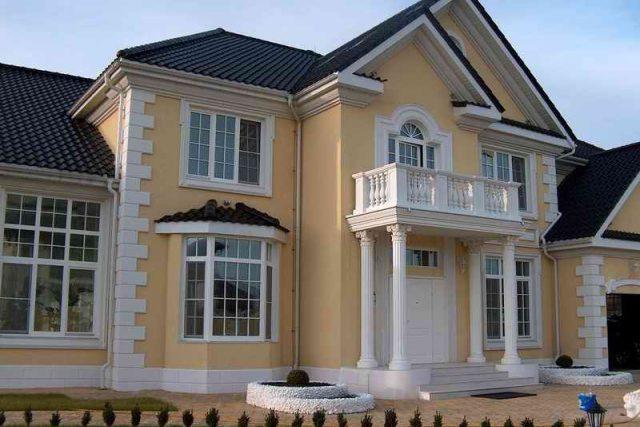 Отделка дома декоративной фасадной штукатуркой