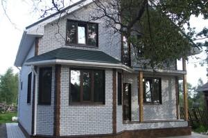 Виды фасадных панелей и их монтаж