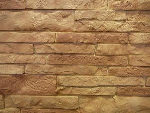 Цокольный сайдинг Nailite серии тесанный камень цвет золотисто-бежевый