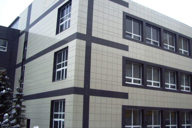 Технология монтажа вентилируемого фасада из керамогранита