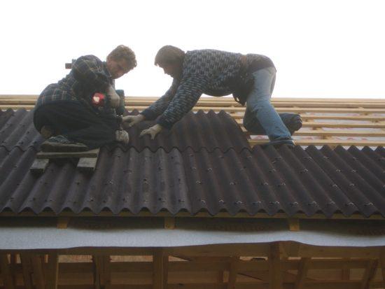 Стоимость монтажа крыши ондулином