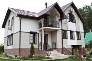 Отделка фасада дома фиброцементными панелями от лучших производителей