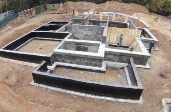 комплекс работ под ключ при заливке ленточного фундамента