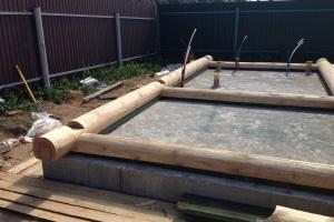 Материалы несущих конструкций и опоры для бани