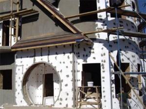 Утепление фасада пенополистиролом домов сложной формы
