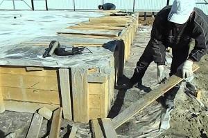 Влияние температура на сроки затвердевания бетона фундамента.