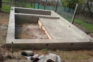 Как сделать ленточный фундамент под баню своими руками